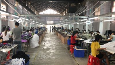 Dongguan Yuanjin Packing Products Co., Ltd. fabriek productielijn